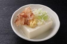 冷やし絹豆腐